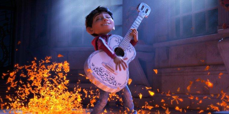 pixar-coco-guitar.jpg